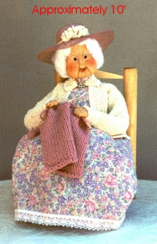 Seated_Grandma_Knitting_Link.jpg